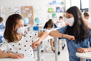 Ventilación higiénica para aulas con sistemas WOLF para cumplir la calidad del aire  recomendada por las autoridades sanitarias